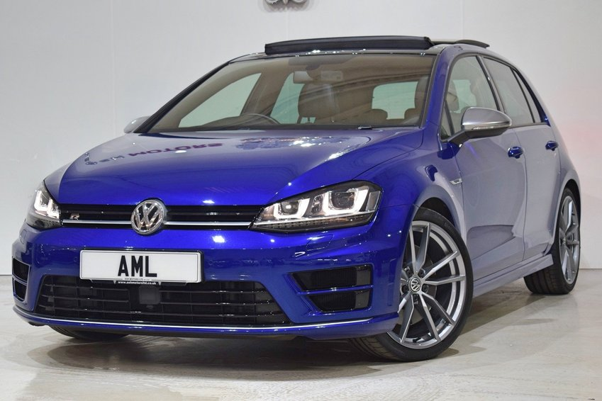 View VOLKSWAGEN GOLF R DSG 5dr PAN ROOF- DCC- LEATHER- PRO NAV
