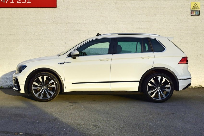 View VOLKSWAGEN TIGUAN TDi 190PS DSG 4Motion BlueMotion R Line- ** NOW SOLD **