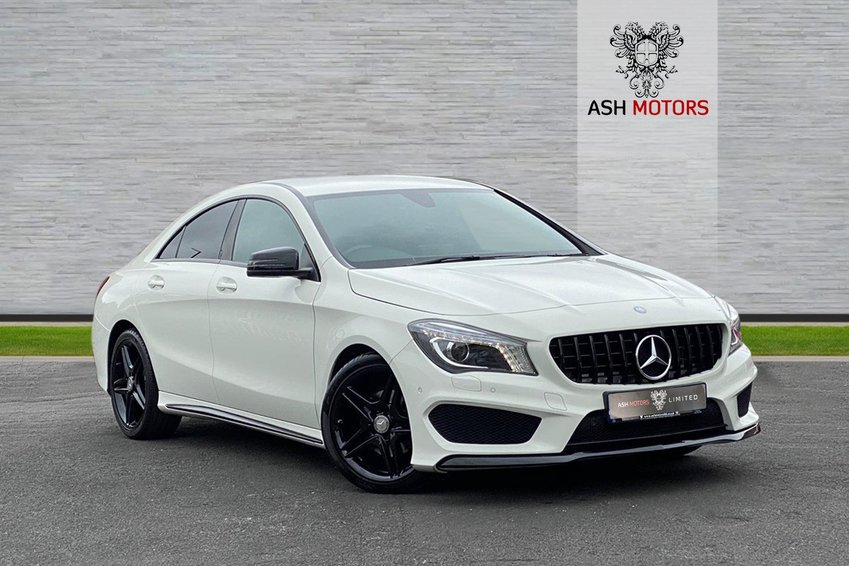 View MERCEDES CLA CLA180 Start-Stop AMG Sport - Night Package - AMG GT Grill
