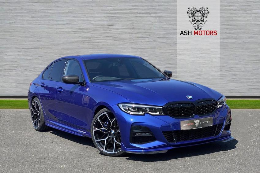 BMW 3 SERIES 330i M Sport Auto - Carbon Fibre Bodykit - 20inch Forged Alloys - M Sport Braking System