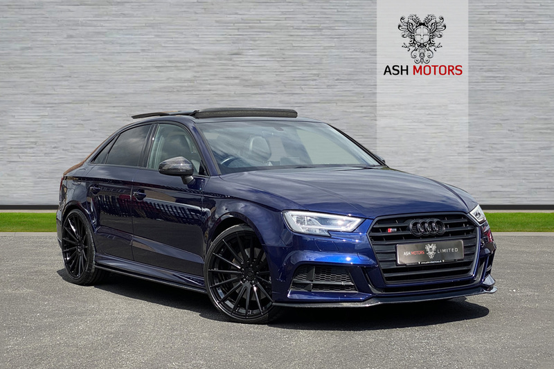 AUDI S3 SALOON S-TRONIC TFSI QUATTRO BLACK EDITION - 20in FORGED ALLOYS - CARBON KIT - PAN ROOF