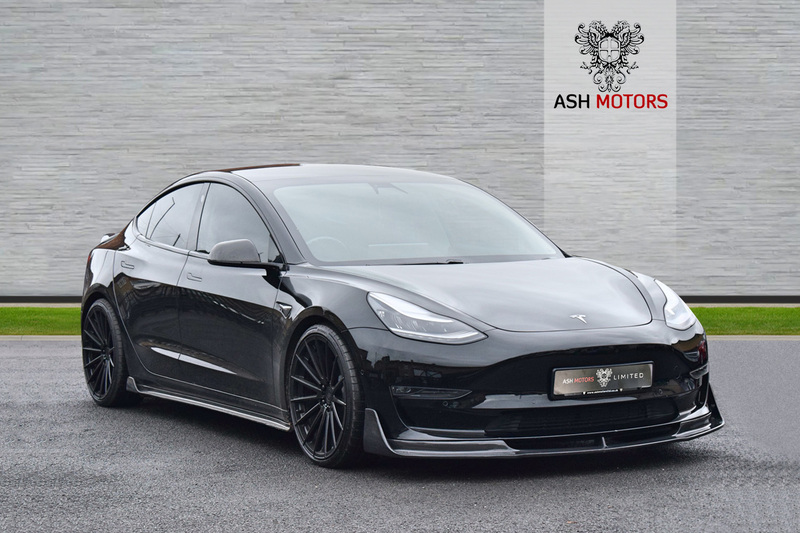 TESLA Model 3 PERFORMANCE - CARBON FIBRE BODYKIT - 20in FORGED ALUMINIUM ALLOYS